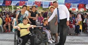 Başkan Turgut, 'Sevgi, Her Engeli Aşar'