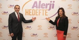 'Türkiye'de Besin Alerjisi 10 Kat Arttı, İnek Sütü En Büyük Alerjen'