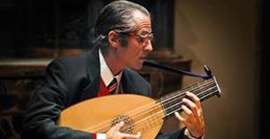 Gitarın Ustaları Akbank Sanat'ta 31 Ocak'a Kadar Sahnede