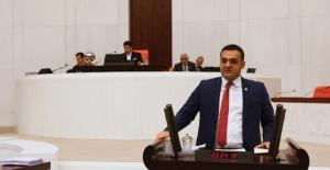"""CHP'li Karadeniz, """"AKP Hükümeti Sağlık Çalışanlarımızı Ha Bugün Ha Yarın Diyerek Oyalıyor"""""""