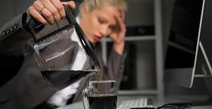 Dikkat! Kafein Vücutta Çatlak Yapıyor