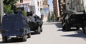 Diyarbakır'ın 4 İlçesine Bağlı 60 Köy Ve Mezrada Sokağa Çıkma Yasağı İlan Edildi
