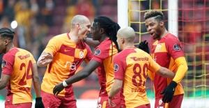 Galatasaray Liderliğe Yükseldi