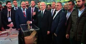 Kılıçdaroğlu Kurultayda Oyunu Kullandı