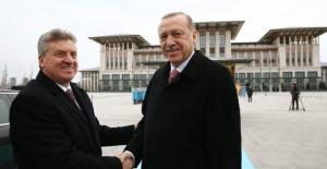 Makedonya Cumhurbaşkanı İvanov Cumhurbaşkanlığı Külliyesinde