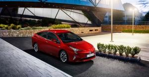 """Toyota 2020 Hedefini """"3"""" Yıl Öncesinden Yakaladı"""