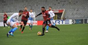 Trabzonspor Beraberlik Serisini Bozmadı