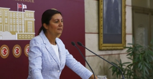 """CHP'li Karabıyık: """"Öğretmen Performans Değerlendirme Taslağı Özgür Düşünceyi Kısıtlayacak"""""""