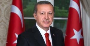 Cumhurbaşkanı Erdoğan: Tiyatro Toplum İçin Etkili Bir Eğitim Aracı