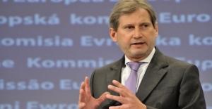 Hahn: Türkiye'ye Kapıları Kapatmak Akıllıca Olmaz