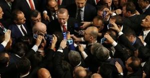 """""""Parlamentomuzun Bu Duruma Düşmesi, Bizim İçin Gerçekten Bir Felaket"""""""