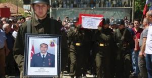 Şehit Astsubay Sadık Akın Gözyaşları Arasında Toprağa Verildi