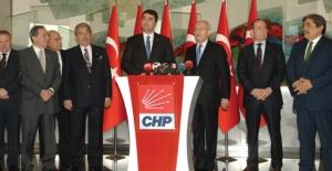 """Uysal, """"Türkiye'de İşlemeyen Demokrasinin Açığını Kapatabilmek Adına, Çeşitli Görüşlerimizi Paylaştık"""""""
