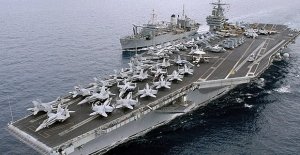 ABD'ye Ait Truman Uçak Gemisi Girit'e Ulaştı