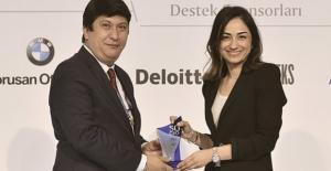 Burcu Öztürk Türkiye'nin En Etkin 50 CFO'sundan Biri Seçildi