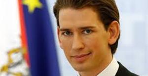Avusturya, Biri Türk 7 Camiyi Kapatıyor