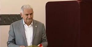 Başbakan Yıldırım: Seçimlerin Barışa Vesile Olmasını Diliyorum