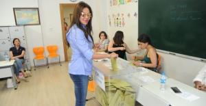 """Ebru Yaşar, """"Kazanan Demokrasi Olacak"""""""
