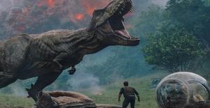 """""""Jurassic World: Yıkılmış Krallık"""" Türkiye'de Gösterime Giriyor"""