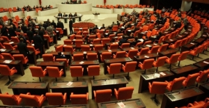 Devamsız Milletvekilleri Yandı: Yolluklarının Üç Aylığı Kesilecek