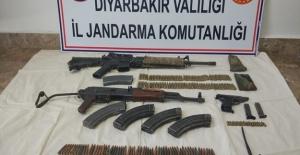 Diyarbakır'da İki Terörist Etkisiz Hale Getildi, Yasak Kararı Kaldırıldı