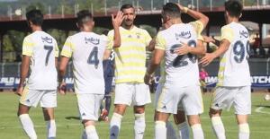 Fenerbahçe Hazırlık Maçında  Fulham'ı 3-0 Mağlup Etti