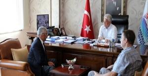 Rodos Başkonsolosu Şekercioğlu Marmaris Belediye Başkanı Acar'ı Ziyaret Etti