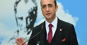 CHP'li Tezcan: Kurultay Tartışmalarının Parti Çalışmalarına Zarar Vermekten Başka Bir Yanı Yok