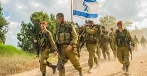 İsrail Güçleri 2'si Çocuk 23 Filistinli'yi Gözaltına Aldı