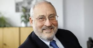 Nobel Ödüllü Ekonomist Stiglitz: ABD, Çin'le Girdiği Ticaret Savaşını Kaybetme Riskiyle Karşı Karşıya