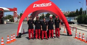 Petlas'tan Güvenli Yolculuk İçin Lastik Kontrolü Hizmeti