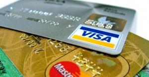 Kredi Kartlarındaki Faiz Oranları Yükseltildi
