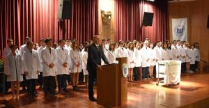 Ufuk Üniversitesi Tıp Öğrencileri Beyaz Önlüklerini Giydiler