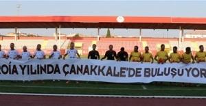 Yıldız Futbolcular Çanakkale'de Buluştu
