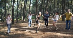 Çakallarla Dans 5 Oyuncuları Çocukluk Günlerine Döndüler