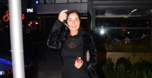 Derya Tuna Önceki Gün Maslak 1453 Pm Restaurant Çıkışında Görüntülendi