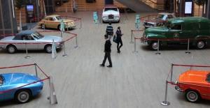 'Devrin' Arabaları İstMarina'da