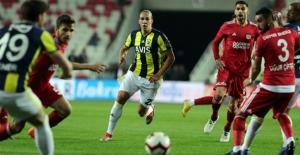 Fenerbahçe Kan Kaybetmeye Devam Ediyor