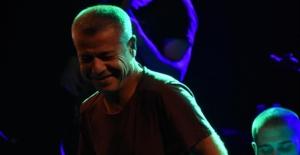 Levent Yüksel'den Pop Arabesk Konser