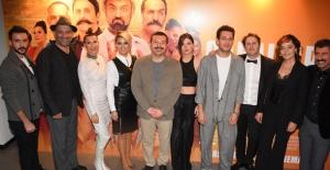 """""""Çakallarla Dans 5"""" İlk Özel Gösterimi Kadıköy Sinemasında Gerçekleşti"""