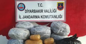 Diyarbakır'da Uyuşturucu, Mühimmat Ve Çok Sayıda Malzeme Ele Geçirildi