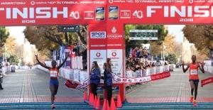 Vodafone 40. İstanbul Maratonuna Kenyalı Atletler Damga Vurdu