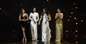 Türkiye'nin Bu Seneki Yıldızları, 45. Pantene Altın Kelebek Ödül Töreni'nde Parladı!