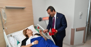Başkan Soner Çetin Hastalara Moral Verdi