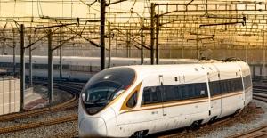 Çin Dünyanın İlk 350 Km/Saat Hızla Giden Otomatik Trenini Geliştiriyor
