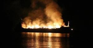 Pendik'te Yük Gemisinde Yangın!