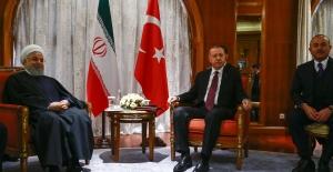 Cumhurbaşkanı Erdoğan, İran Cumhurbaşkanı Ruhani İle Görüştü