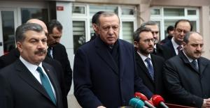 Cumhurbaşkanı Erdoğan, Kartal'da çöken binada incelemelerde bulundu