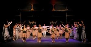 Devlet Tiyatrolarında Öncelik Türk Yazarların