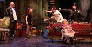 İBB Şehir Tiyatroları Şubat Ayında 36 Oyunla Seyirciyle Buluşuyor